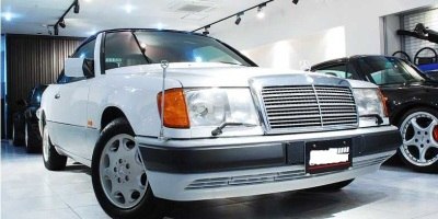 1993 Mercedes Benz 320CE Cabrio, only 4,800kms!